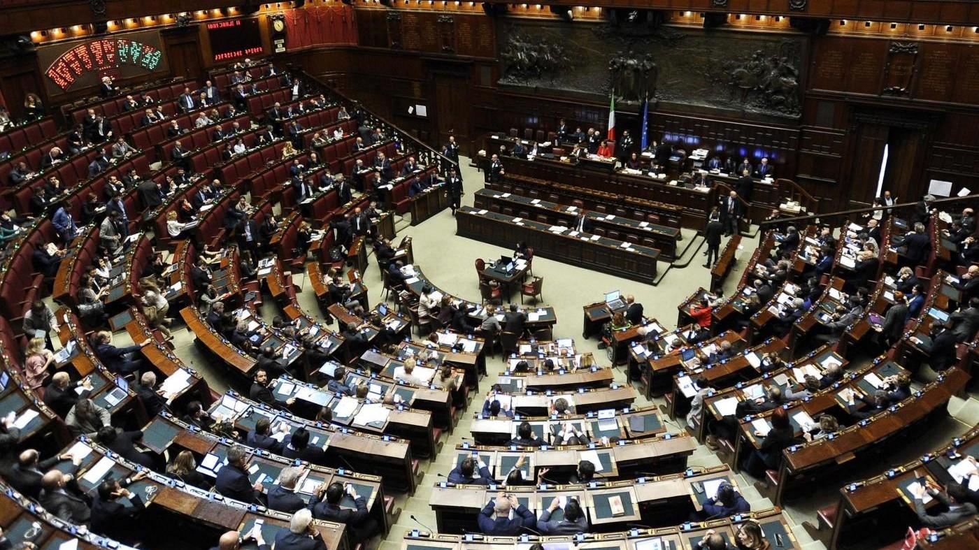 Verso addio ai vitalizi: contributivo anche per i parlamentari