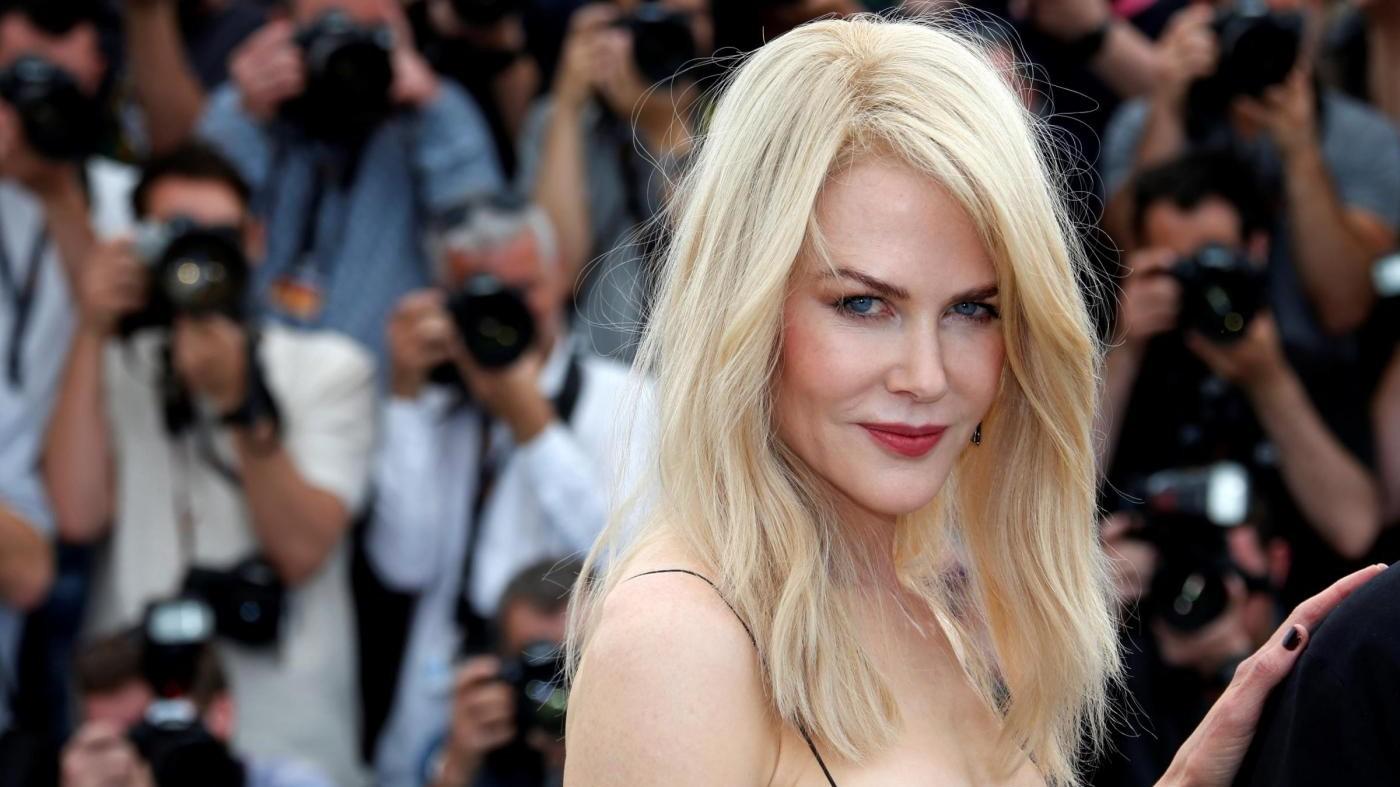 Una biondissima Nicole Kidman incanta Cannes