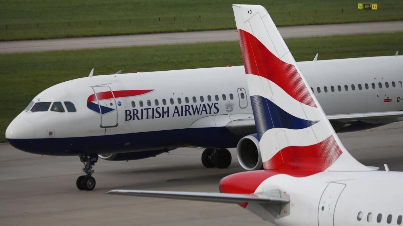 British Airways cerca di far ripartire gli aerei dopo il blocco informatico