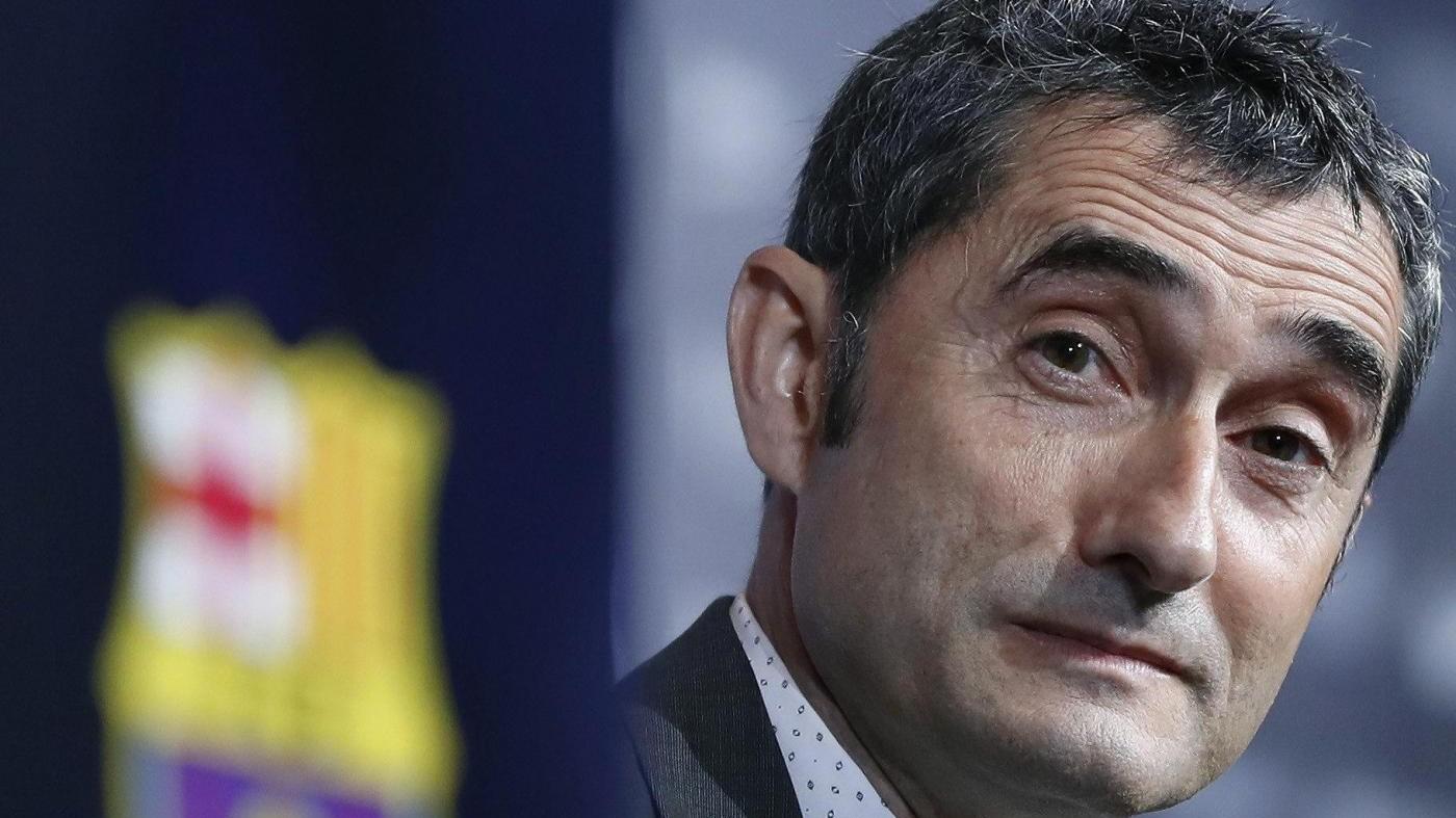 FOTO Il Barcellona presenta il tecnico Valverde