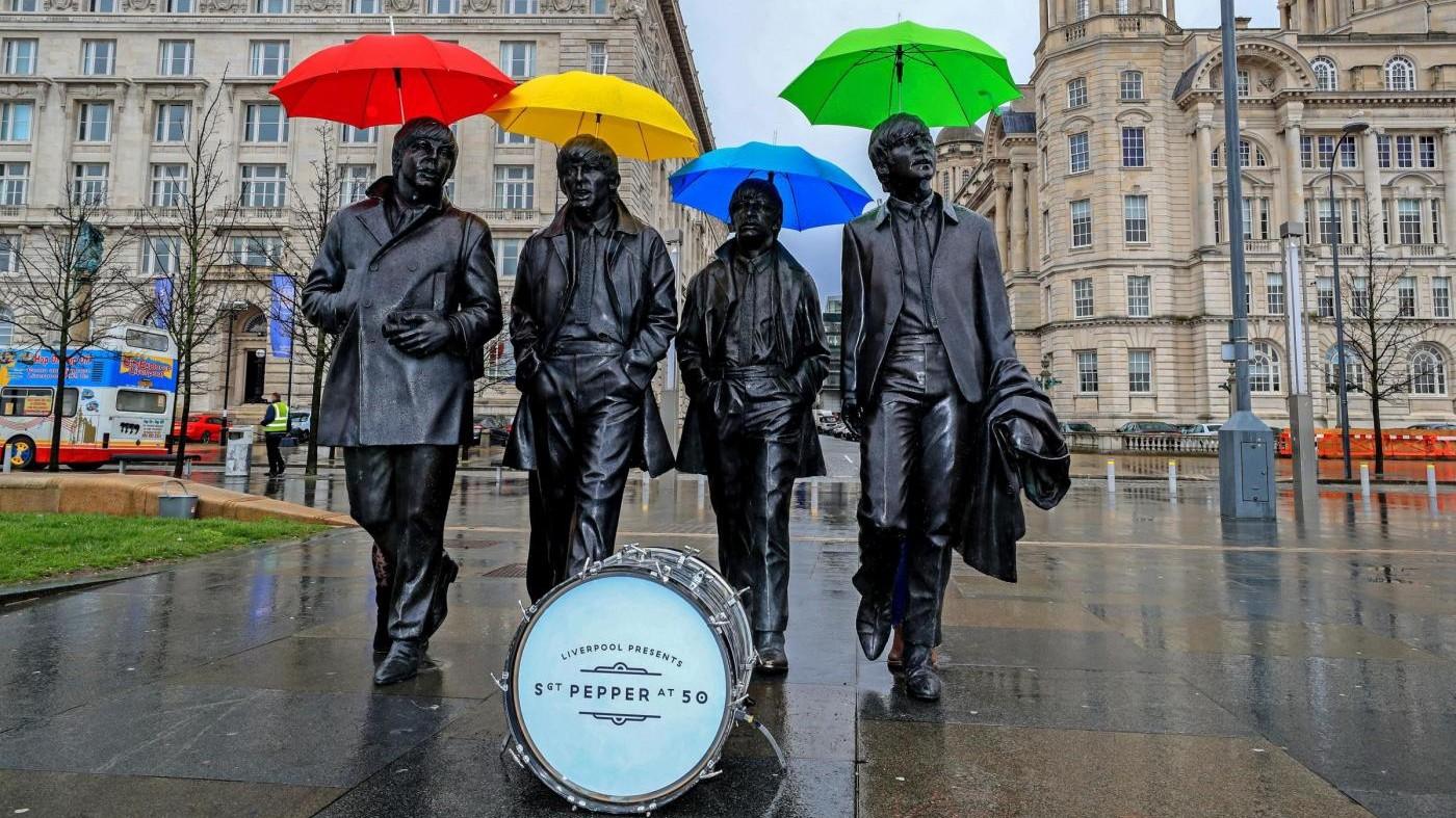 Il capolavoro dei Beatles 'Sgt. Pepper' compie 50 anni