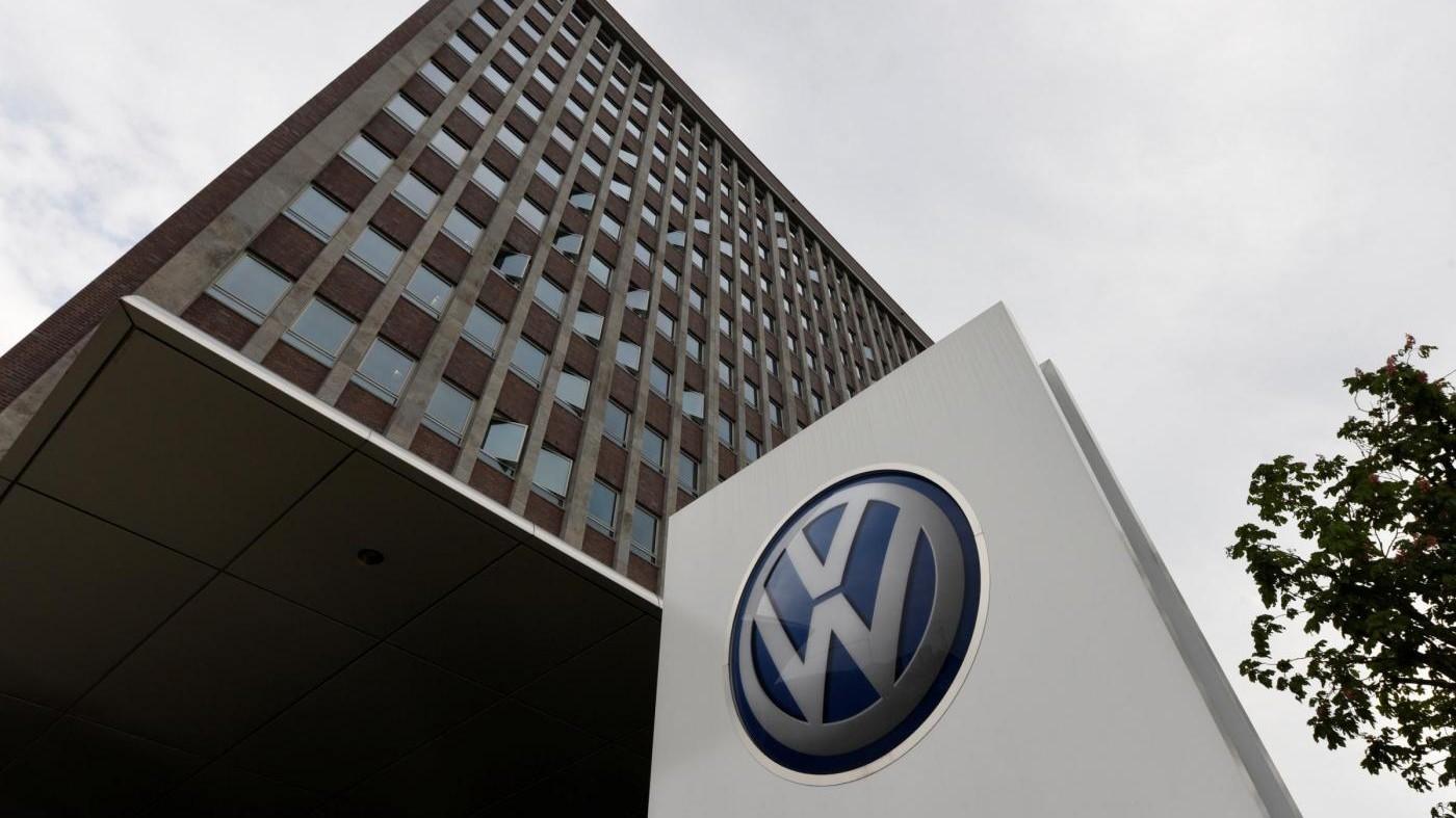 Volkswagen, consumatori olandesi pronti a fare causa su emissioni