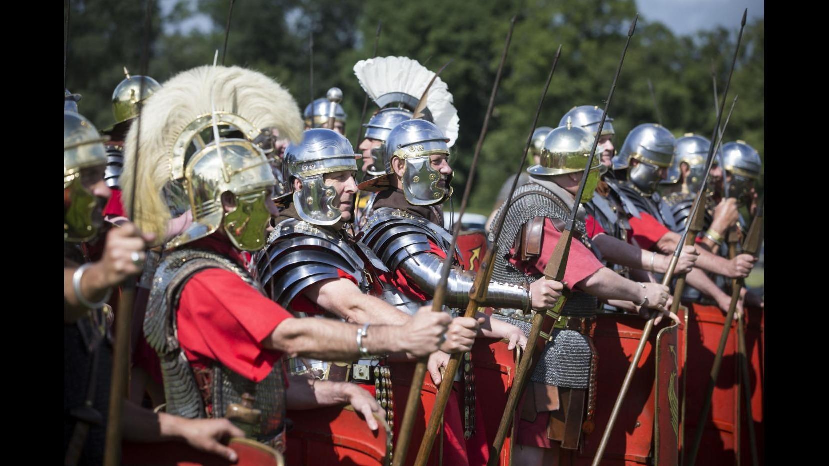Ricostruzione storica per l'anniversario di Adriano: 1900 anni fa diventava imperatore