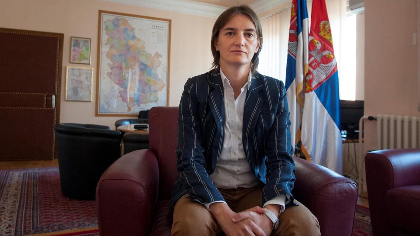Serbia, nominata la prima premier donna e omosessuale