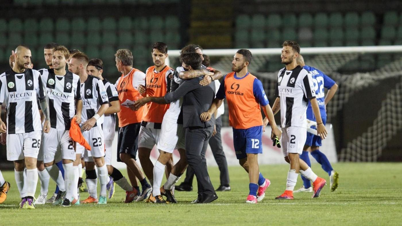 Serie C, Robur Siena-Lucchese 1-0