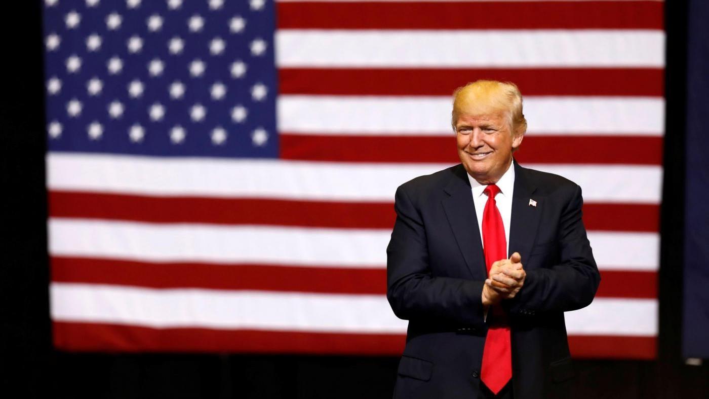 L'idea di Trump: Pannelli solari sul muro al confine con Messico