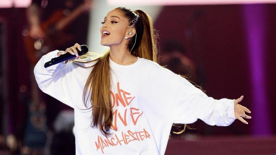 Manchester, il tributo di Ariana Grande alla piccola Saffie