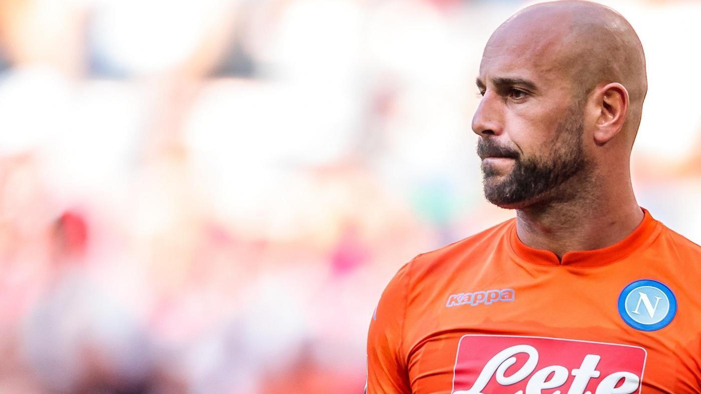 Il Psg chiede Reina al Napoli, ma Sarri dice no. Niang-Milan è rottura
