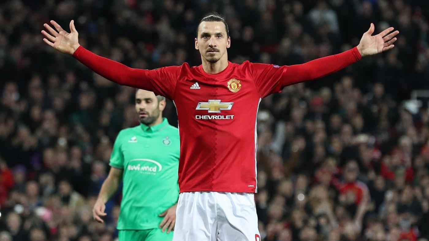 Manchester Utd, Ibrahimovic rinnova per un'altra stagione