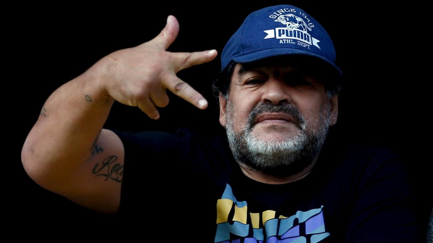 Maradona attacca di nuovo Icardi: Benedetto e Alario ne valgono 5