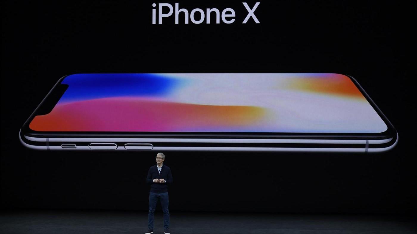 Apple,  lo smartphone del futuro iPhone X non convince i mercati