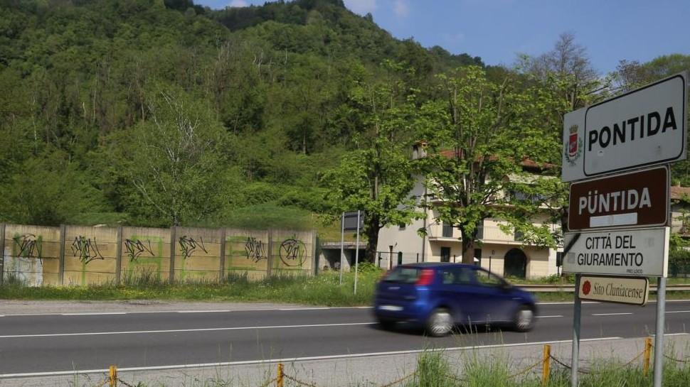 Pontida, dietrofront Lega: parcheggi per tutte, non solo etero e comunitarie