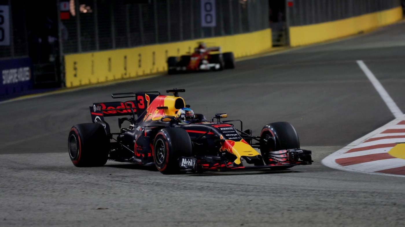F1, Red Bull dominano libere a Singapore. Ferrari gioca in difesa