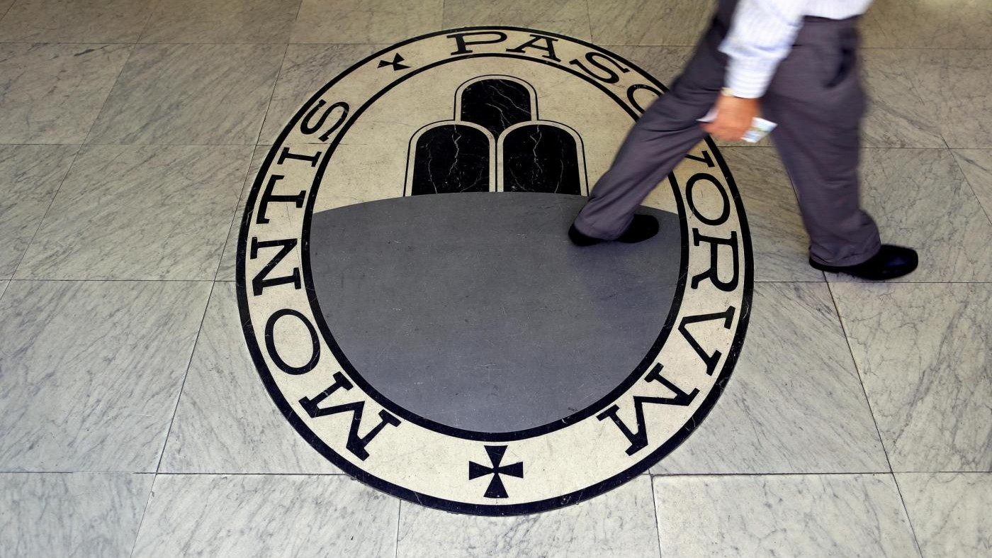 Mps, Grillo: Governo si faccia dare lista e pignori beni ai debitori