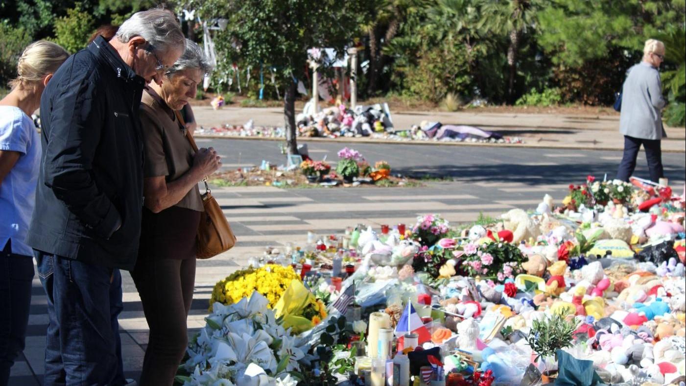 Strage Nizza, terroristi pensavano a un attacco anche a Ferragosto