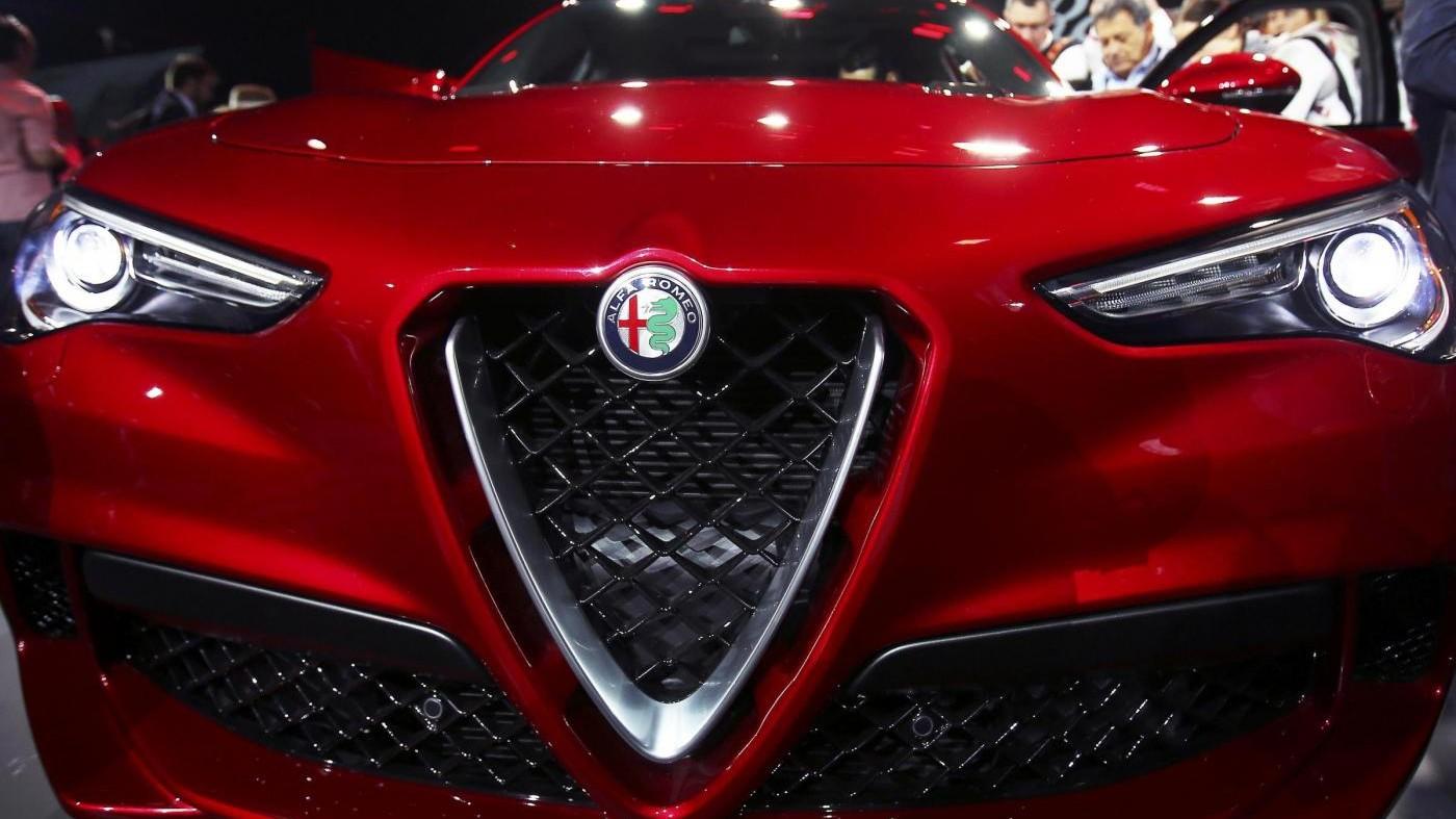FOTO Alfa Romeo presenta il nuovo SUV Stelvio