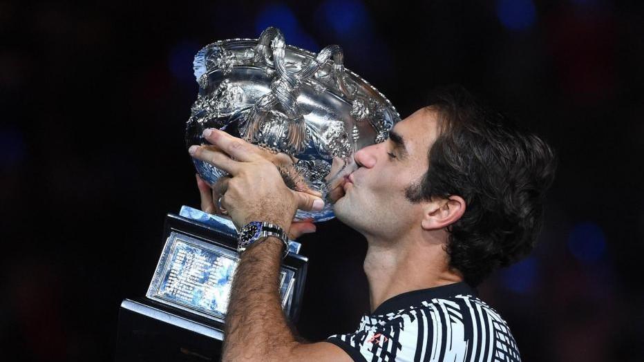 Ranking Atp: Federer torna nella top ten, Lorenzi è il n.1 azzurro