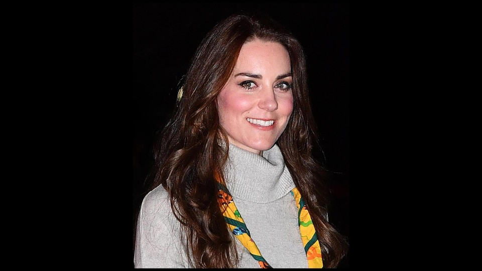 Kate Middleton con il fazzoletto da scout ©i-images