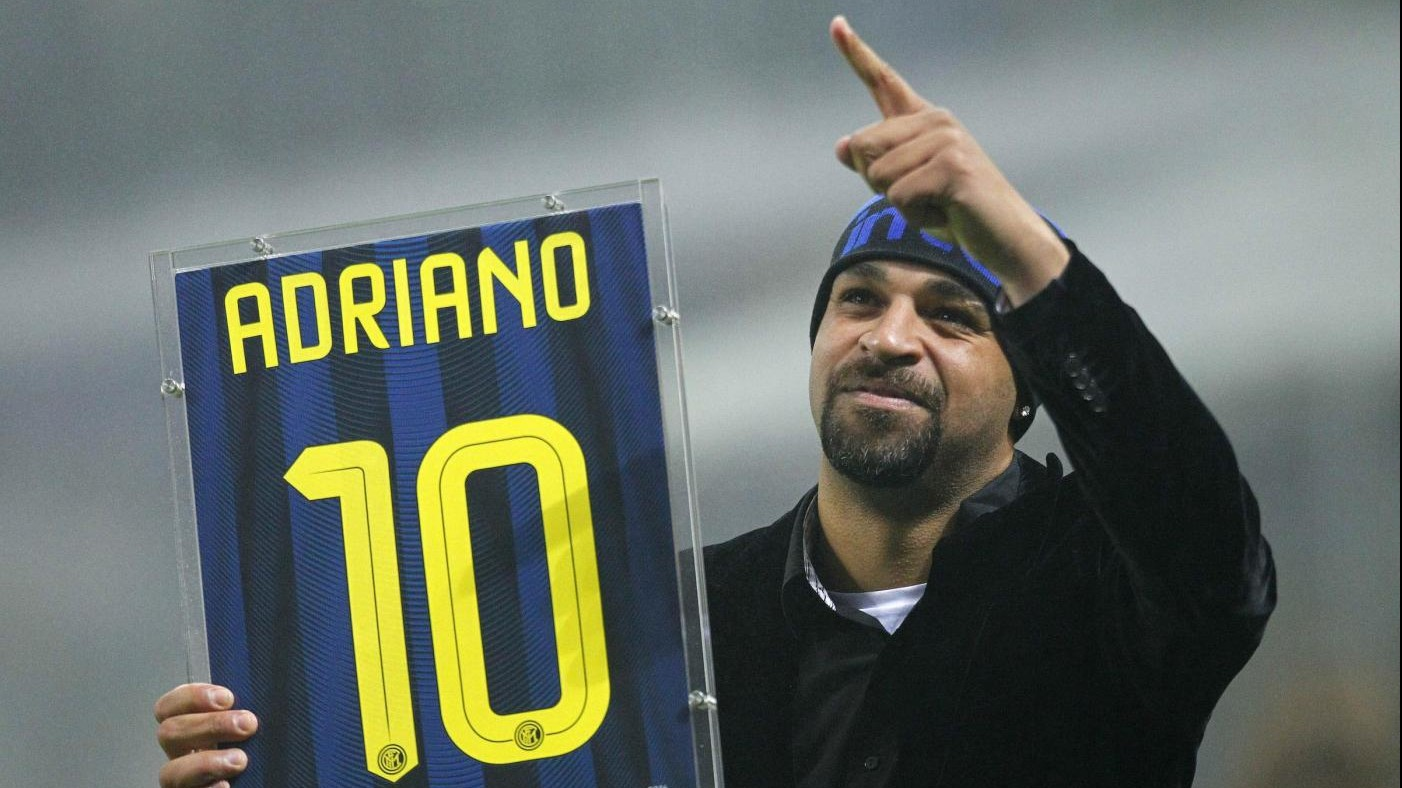 FOTO L'Inter omaggia Adriano: l'Imperatore torna a San Siro