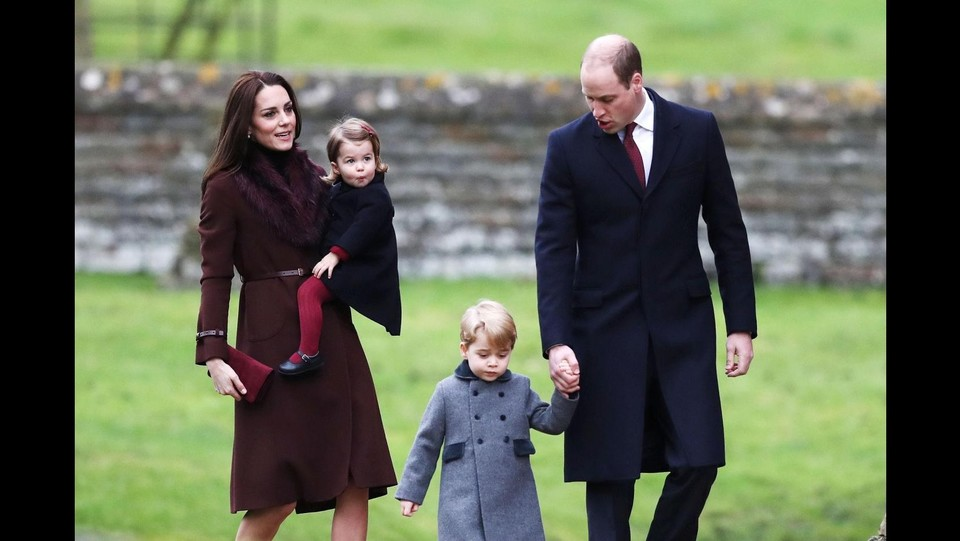 William, Kate e i piccoli reali al completo ©LaPresse/PA