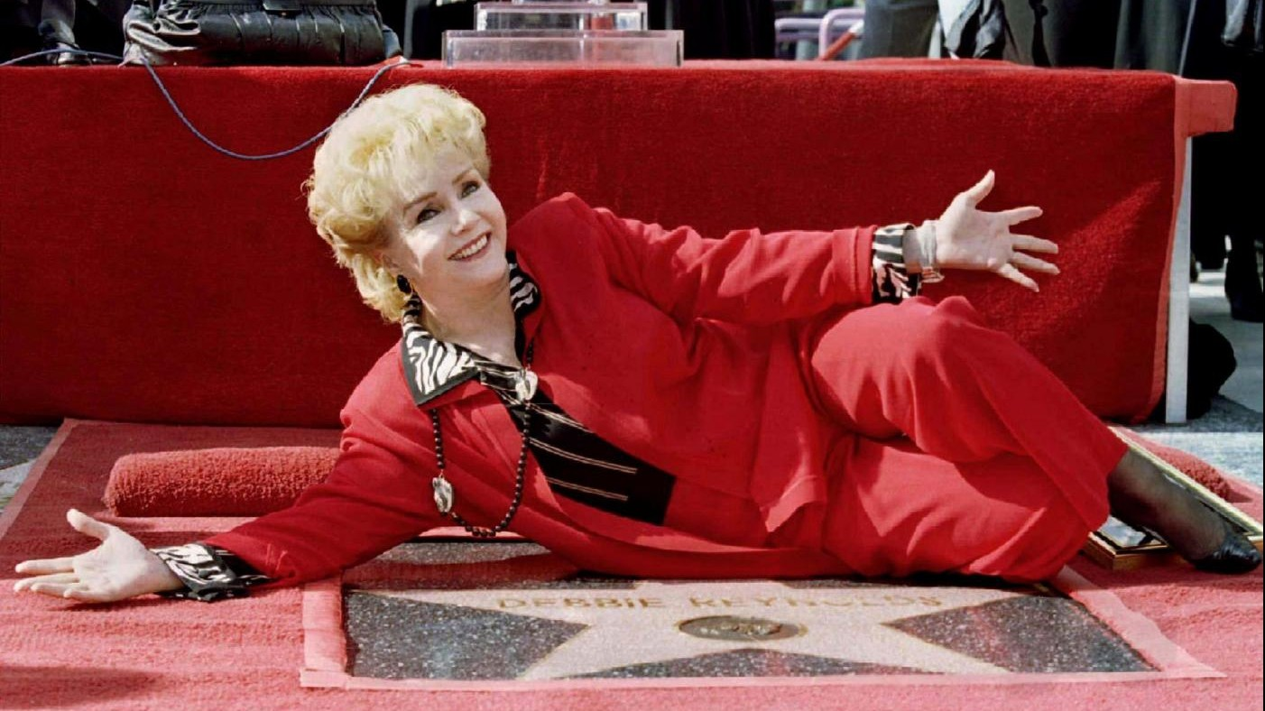 FOTO Morta Debbie Reynolds: ictus dopo la morte della figlia Carrie