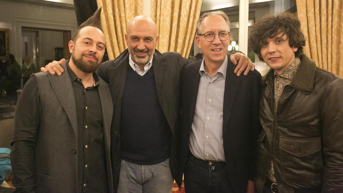 Sisma, sindaco Amatrice a Sanremo a cena con Nazionale Cantanti