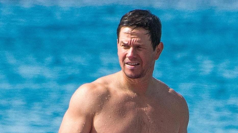 FOTO Mark Wahlberg con la moglie alle Barbados
