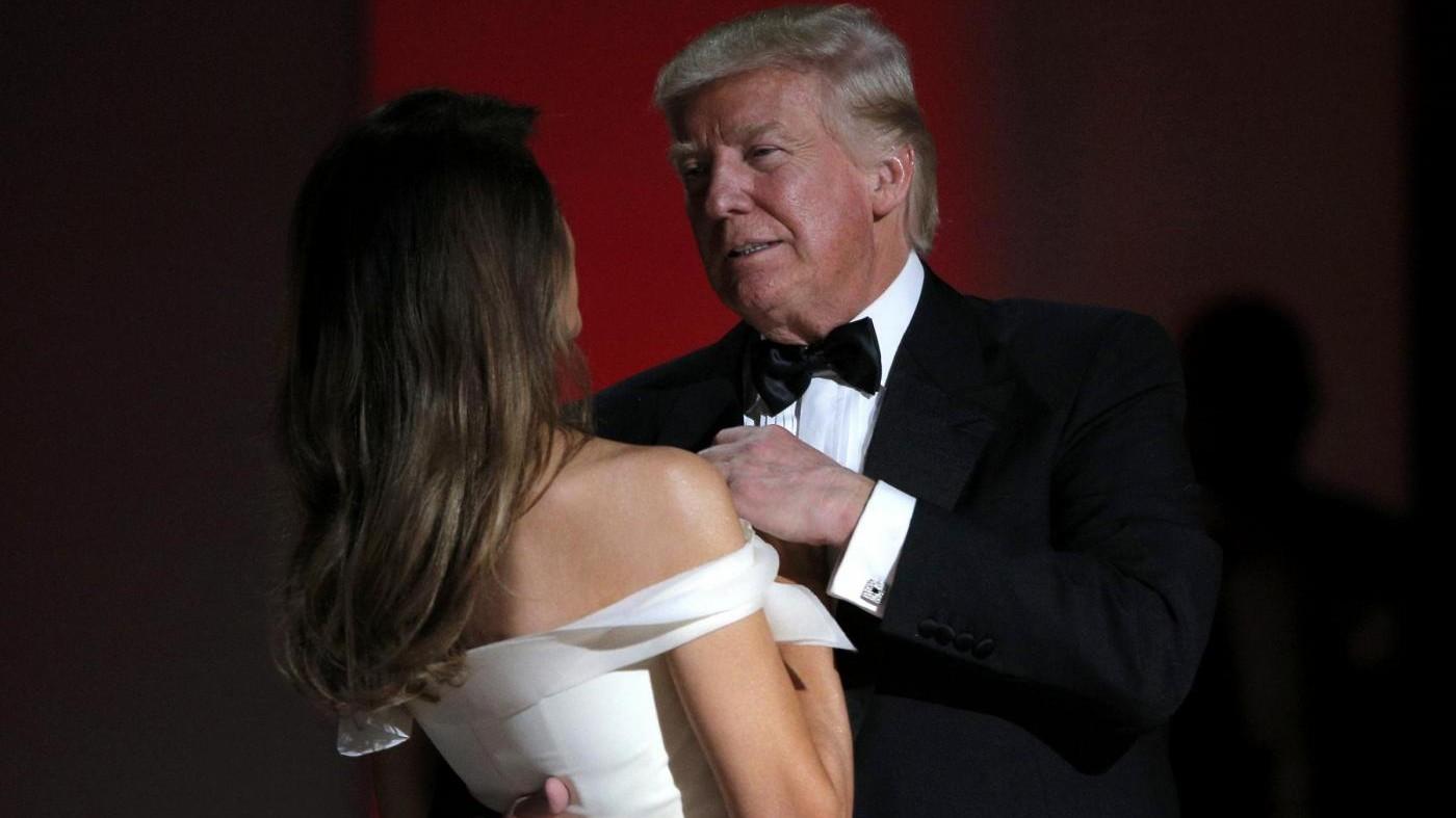 FOTO Il ballo di Trump con Melania sulle note di 'My Way'