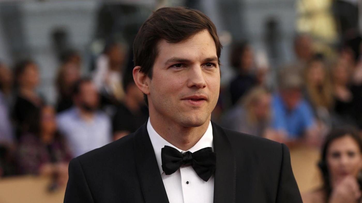 Appello di Asthon Kutcher contro abusi sui bimbi scuote gli Usa