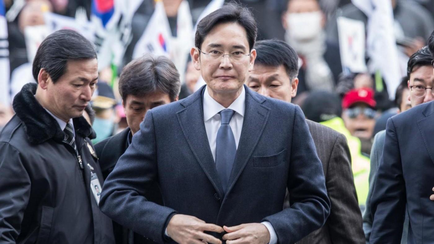 Samsung, arrestato il patron Lee Jae-yong per corruzione
