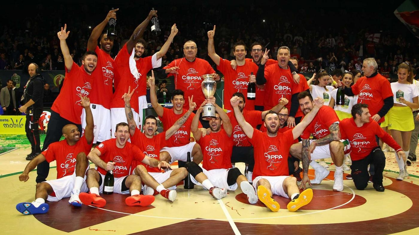 Basket, Olimpia Milano vince la Coppa Italia: Sassari ko 84-74