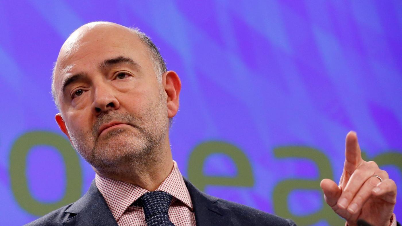 Moscovici attacca Le Pen: Vuole uccidere l'Ue invece di curarla