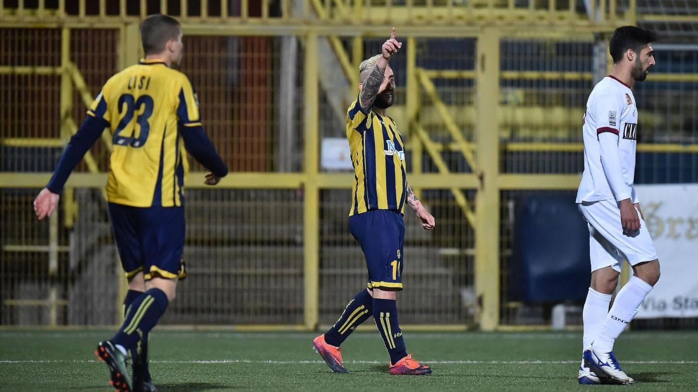 FOTO Lega Pro, Juve Stabia-Reggina pareggio ricco di gol 3-3
