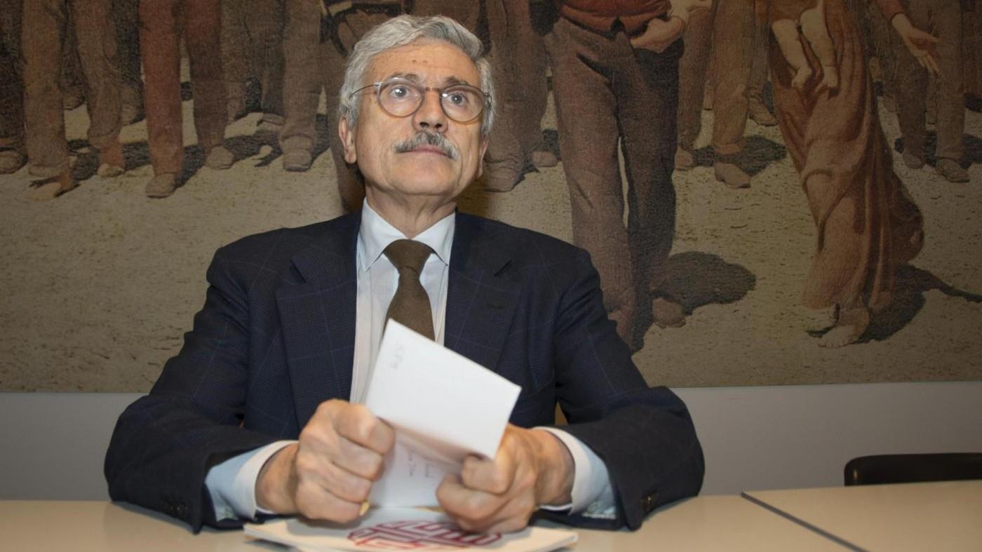 D'Alema: Sosteniamo Gentiloni ma corregga Jobs Act