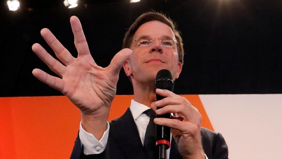 Olanda, Rutte si conferma. Turchia: Presto guerre religione