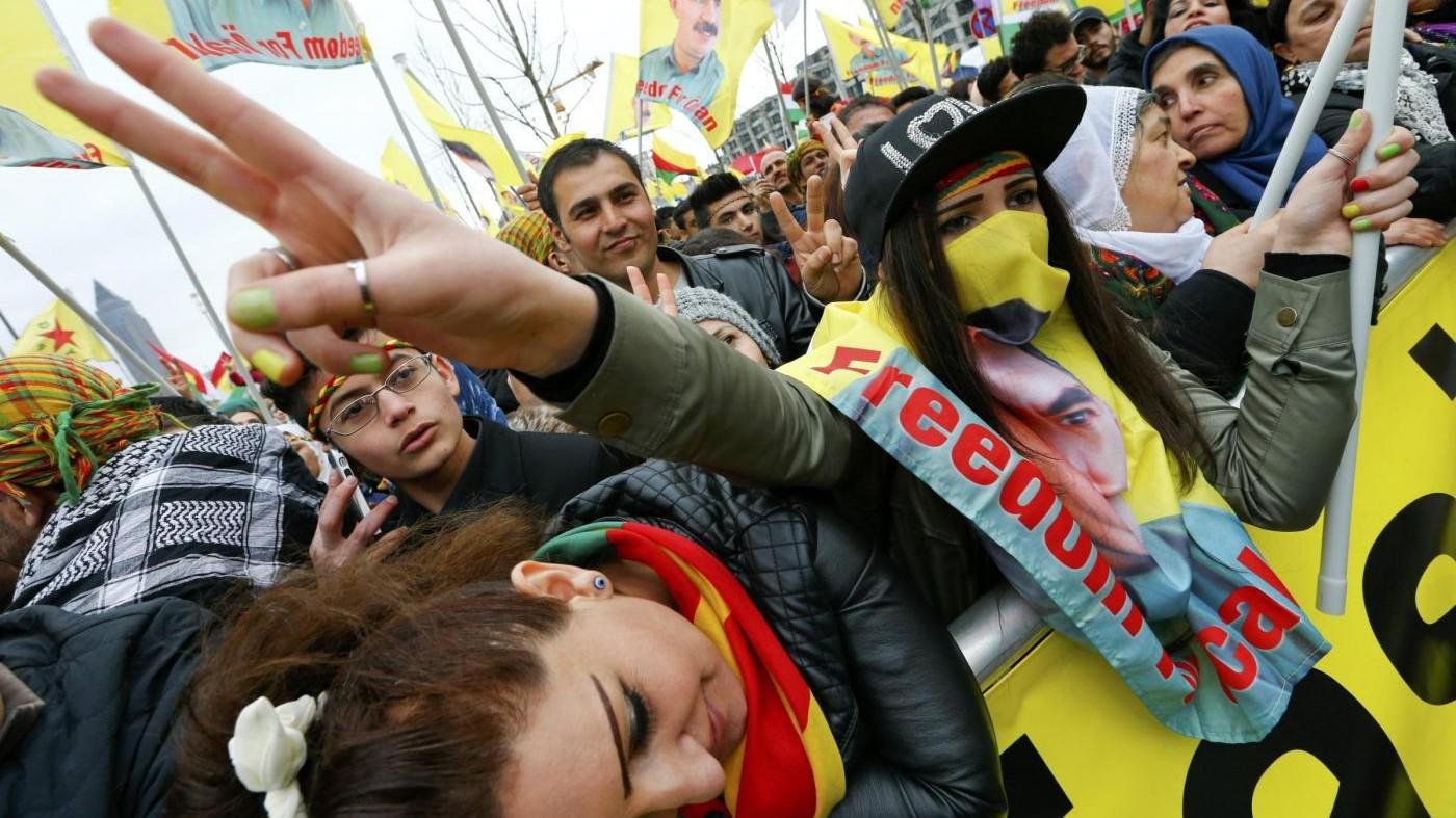 Turchia protesta contro corteo curdo a Francoforte