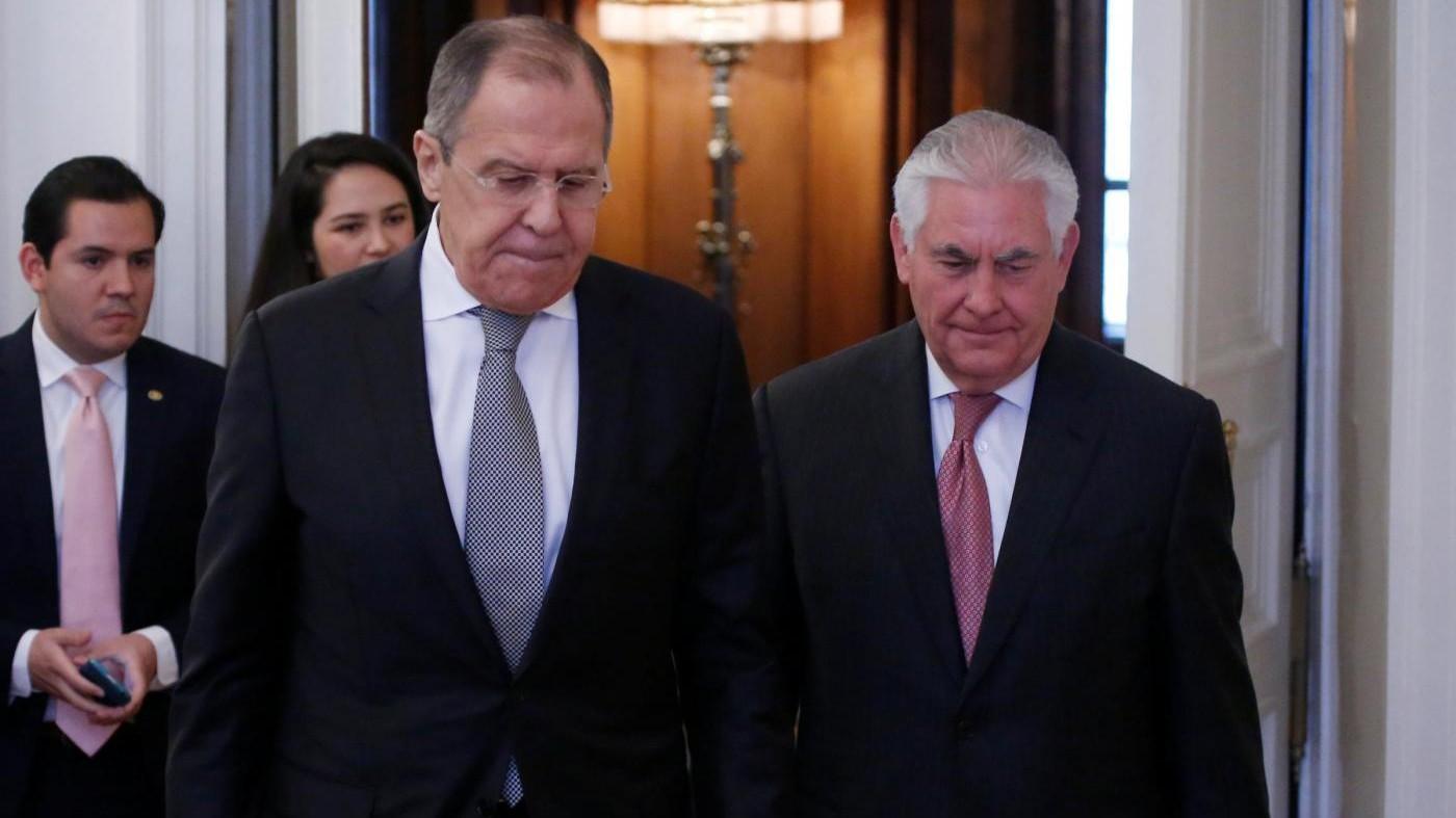 Lavrov: Vogliamo una soluzione politica in Siria, tentare di rimuovere Assad aiuta l'Isis