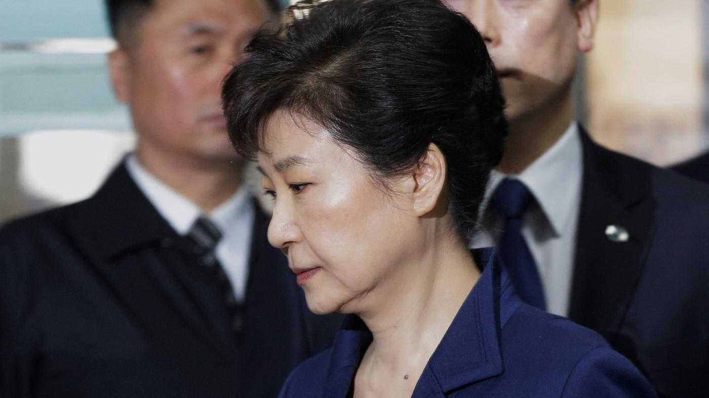 Sud Corea, l'ex presidente Park incriminata per corruzione