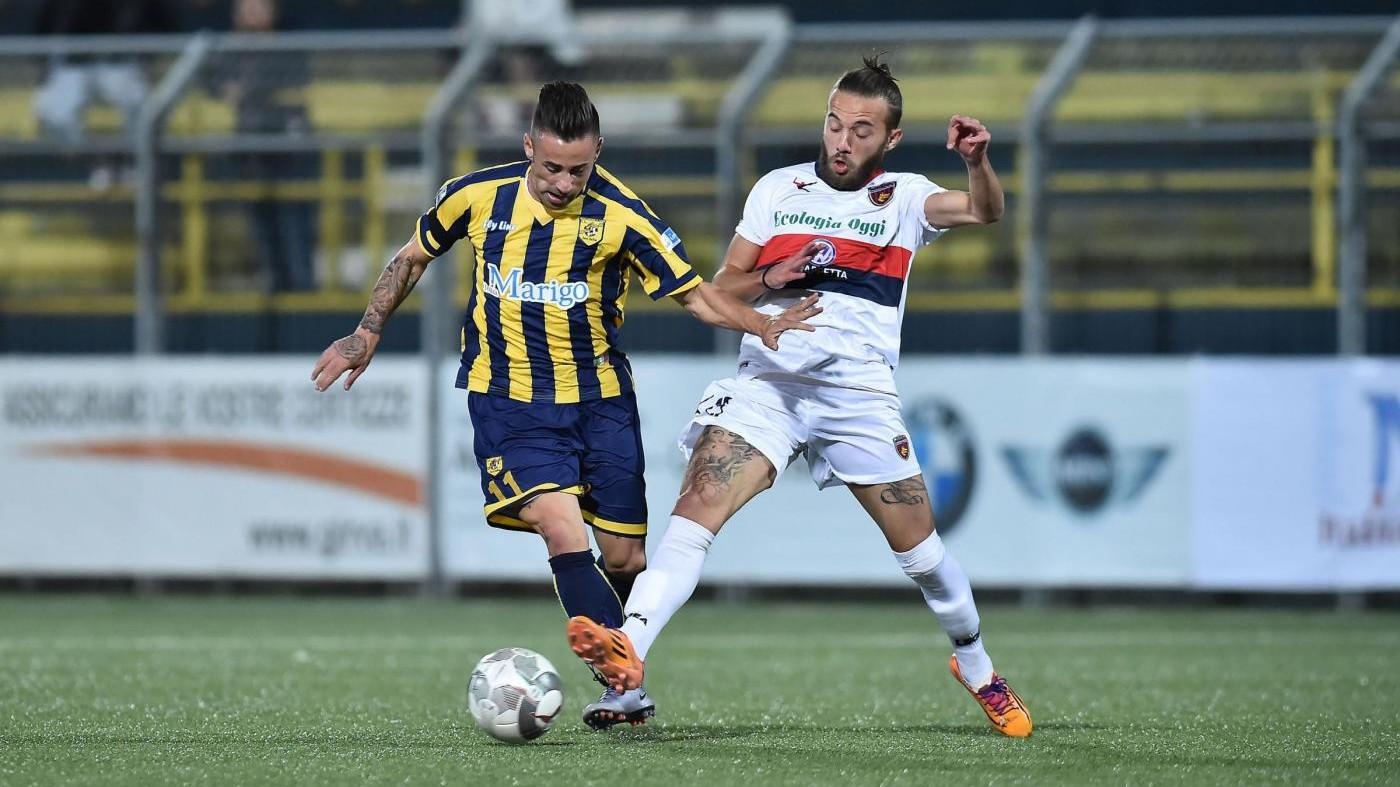 FOTO Lega Pro, Juve Stabia batte Cosenza 2-0