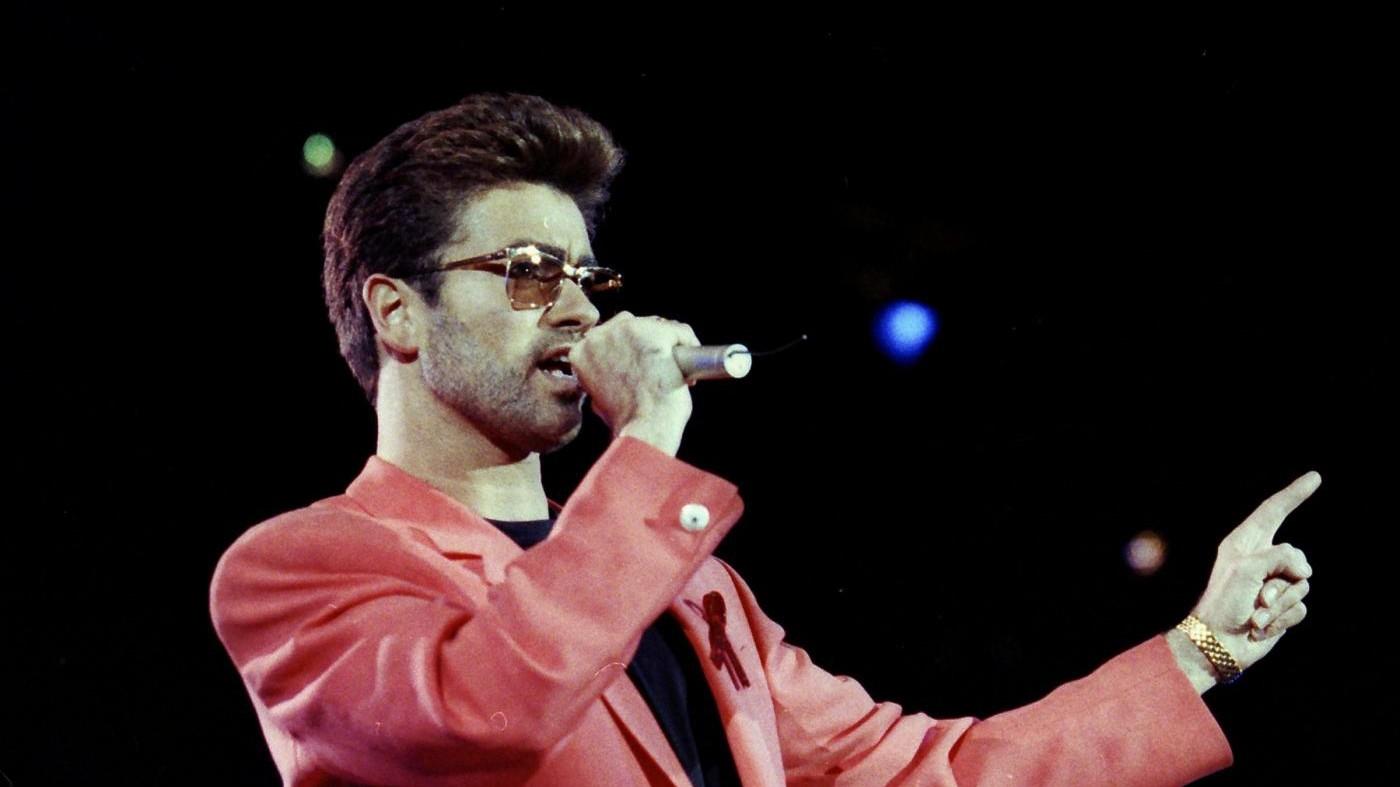 Addio a George Michael: l'icona pop stroncata a soli 53 anni