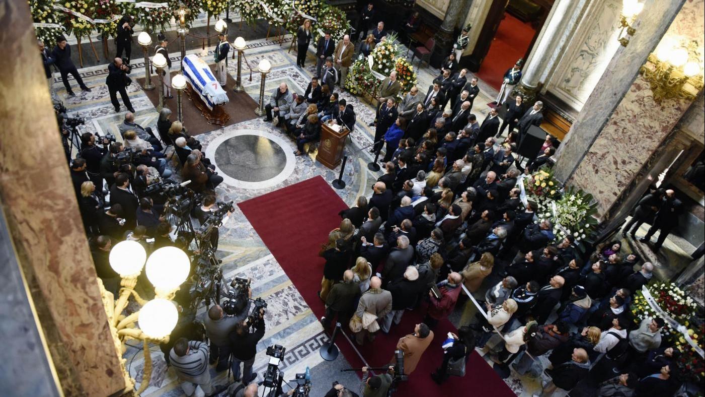 Uruguay, morto l'ex dittatore Gregorio Alvarez: aveva 91 anni