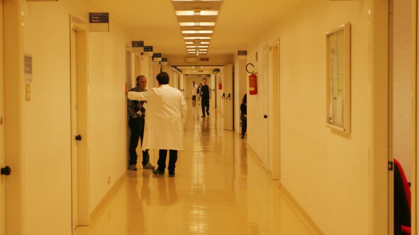 Saronno, morti in corsia: sequestrate 80 cartelle cliniche