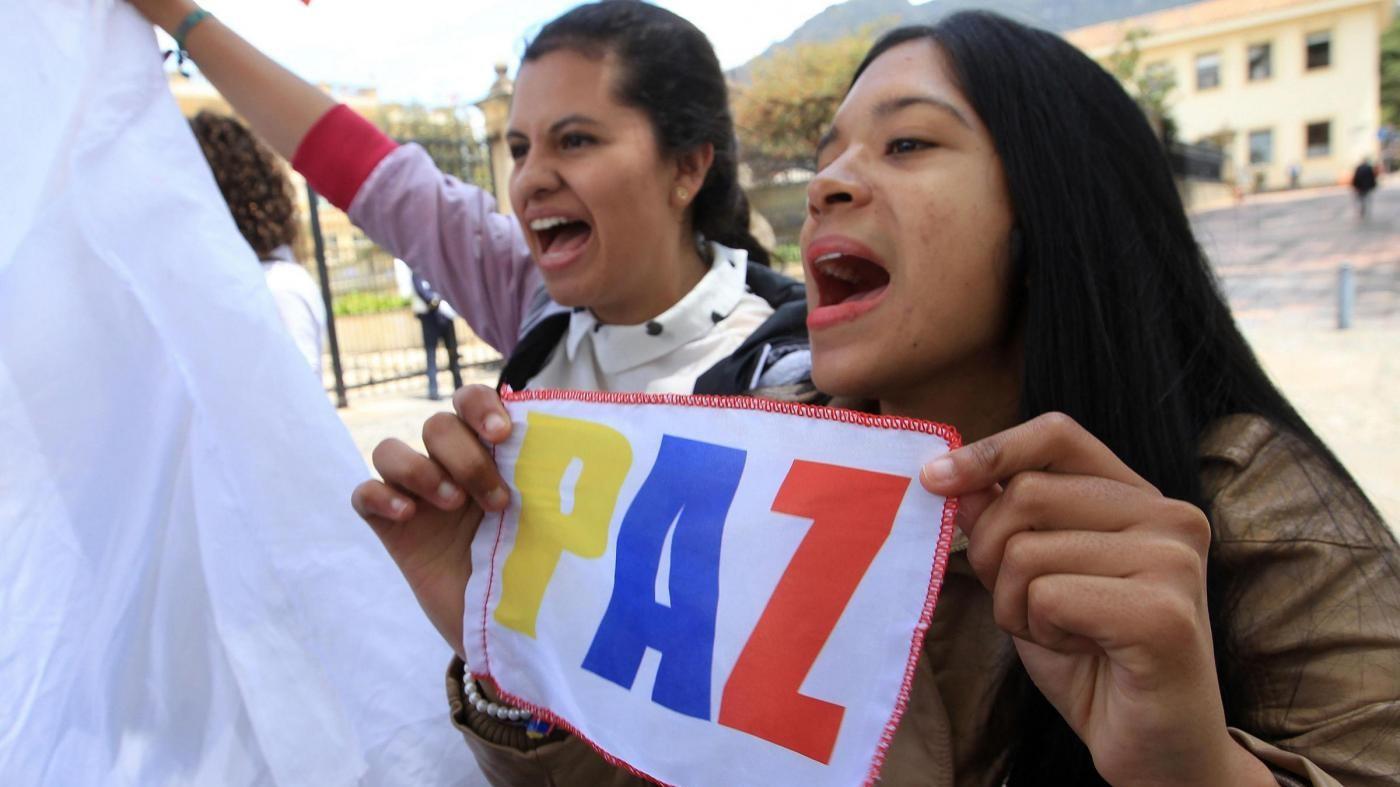 Colombia, firmato nuovo accordo di pace fra Governo e Farc