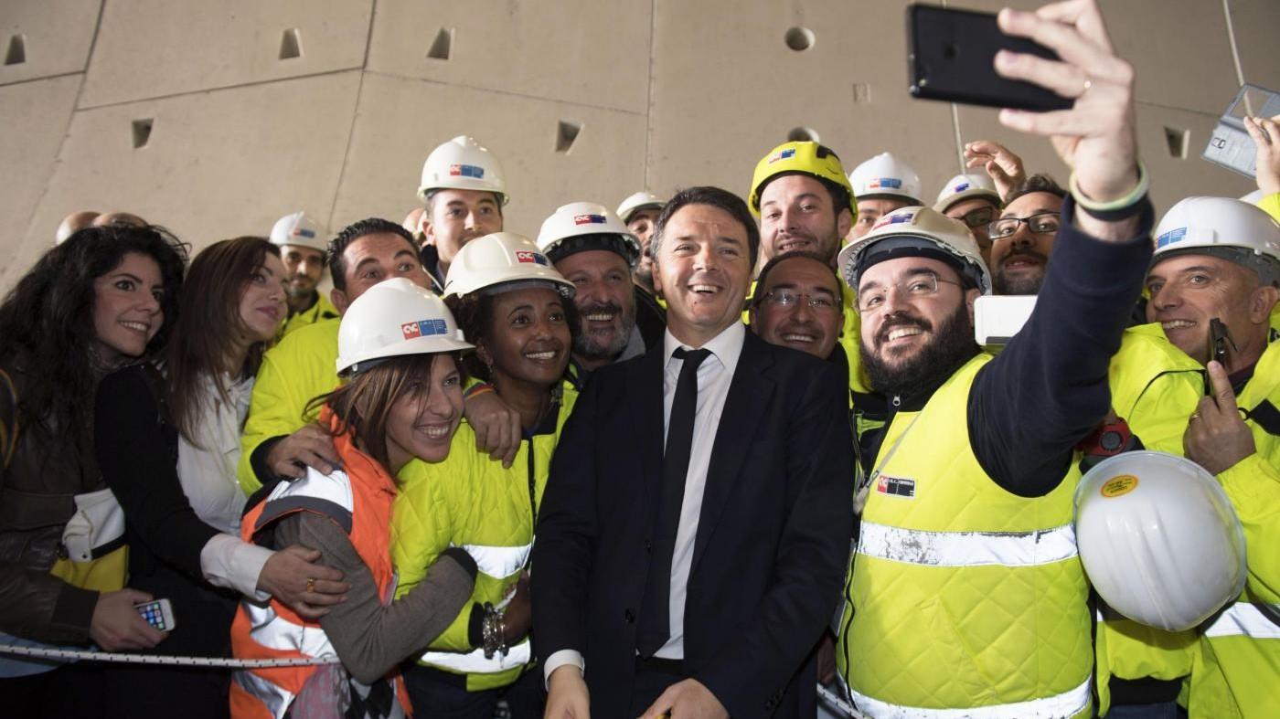 Renzi: Nel 2017 decontribuzionale totale per chi assume al Sud