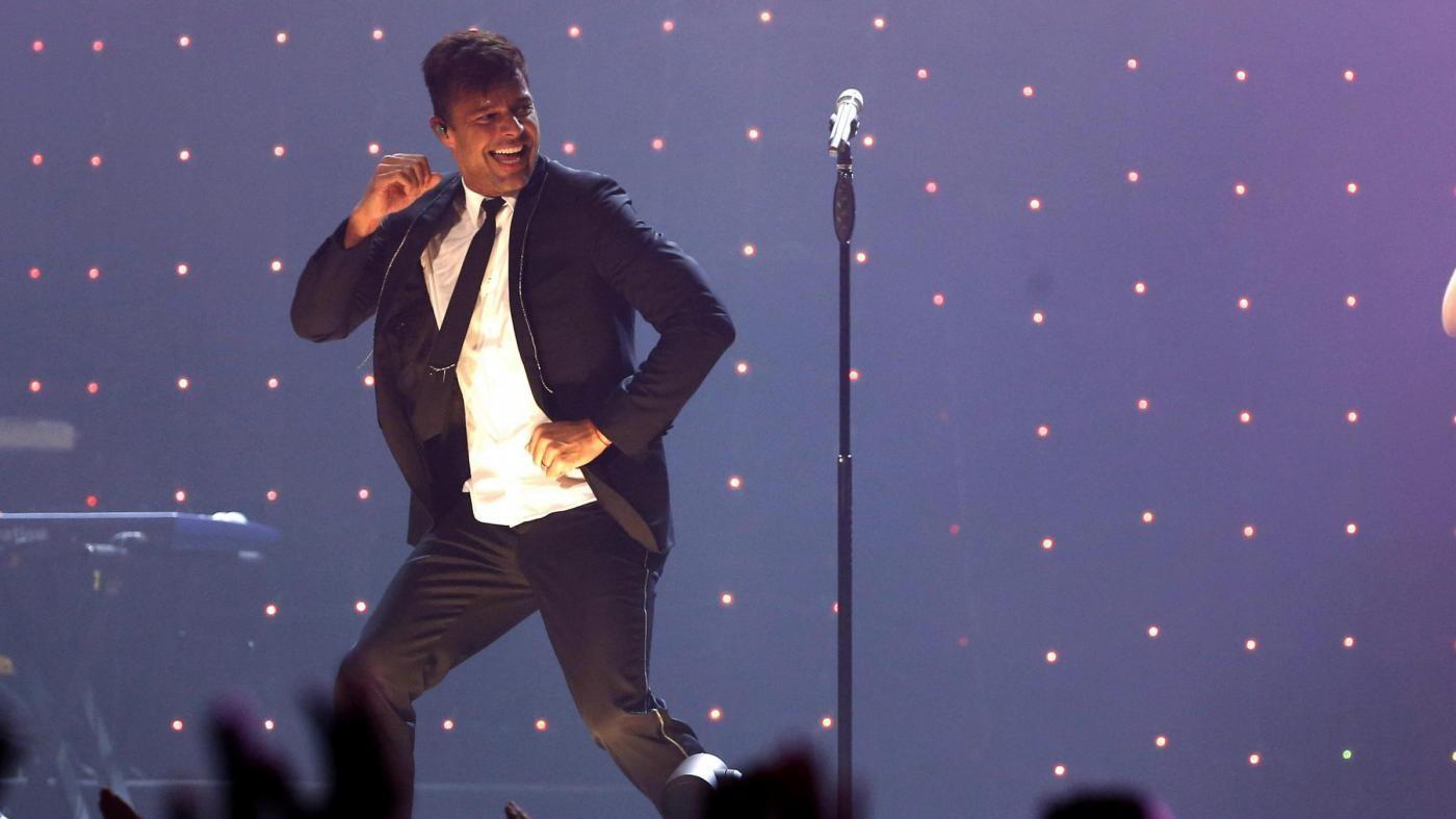 Ricky Martin è fidanzato: ha fatto la proposta al compagno