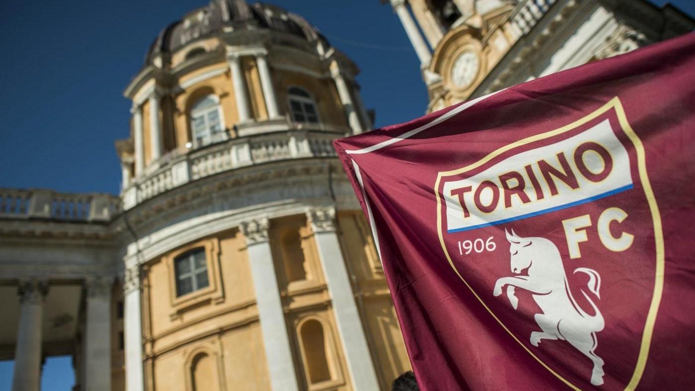 FOTO Superga, una folla per le celebrazioni del Grande Torino