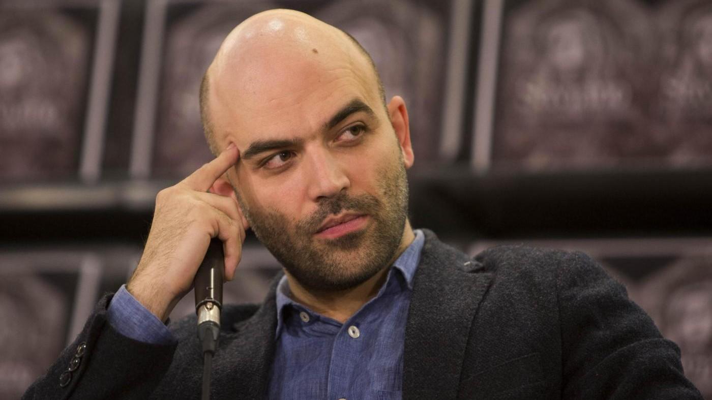 De Luca choc su Bindi, Saviano: Parole mafiose. Pd: Chieda scusa