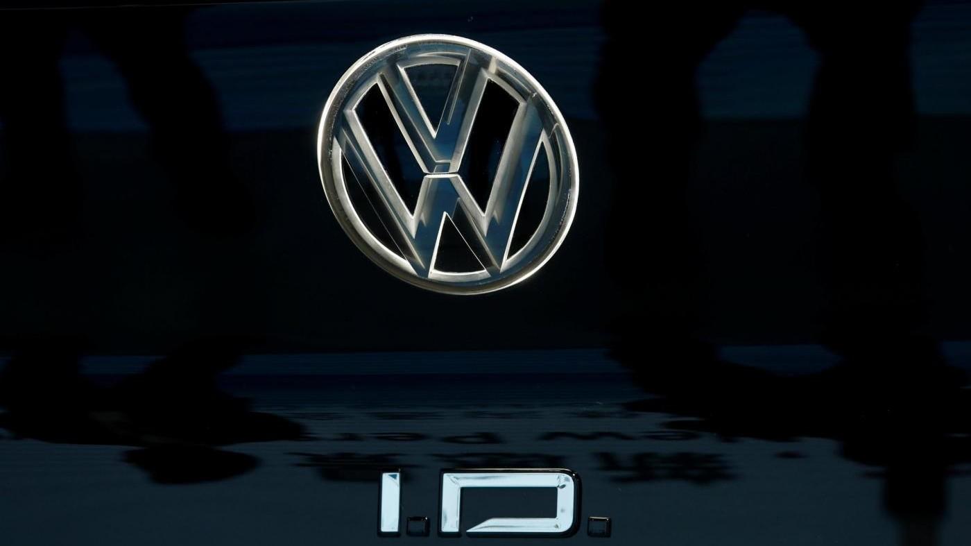 Volkswagen, accordo per il taglio di 23mila addetti in Germania