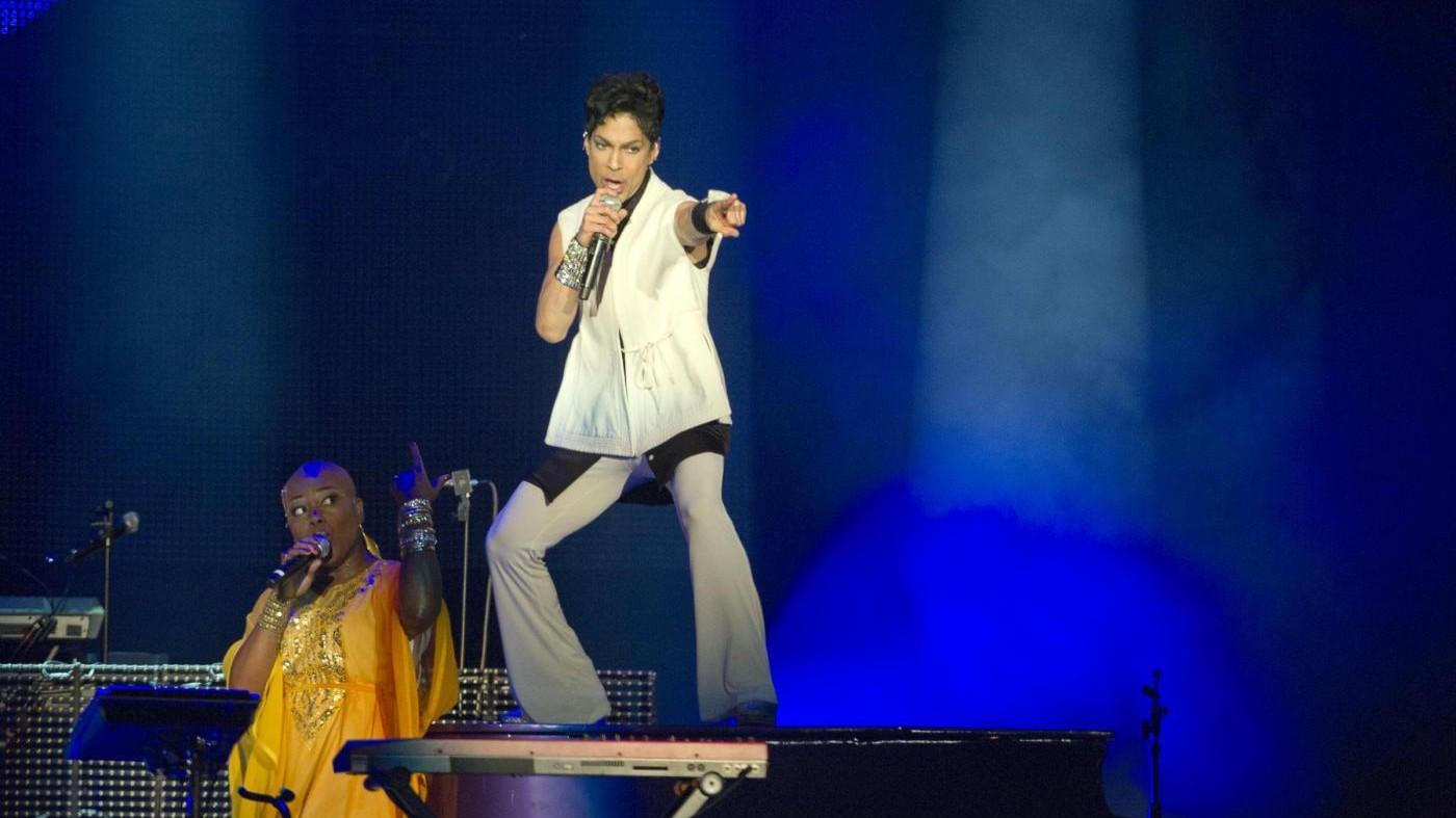 Jay Z offre 40 milioni di dollari per comprare gli inediti di Prince