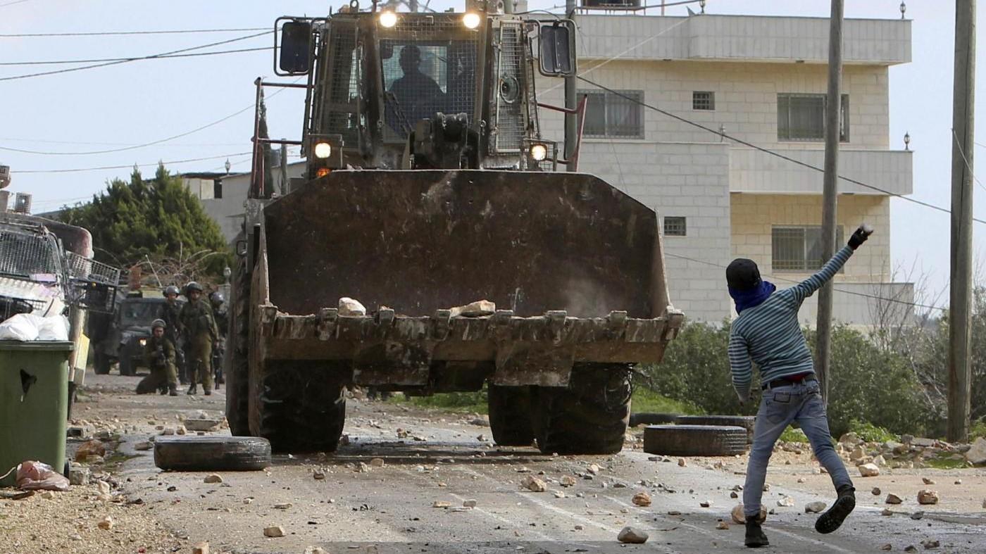 Demolita casa di famiglia palestinese a Gerusalemme